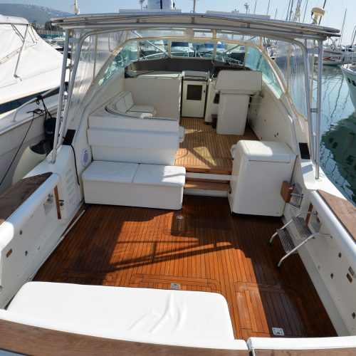 Santo-Maritime-Yachting-Bertram-Inside-Image10