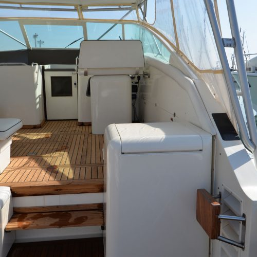 Santo-Maritime-Yachting-Bertram-Inside-Image12