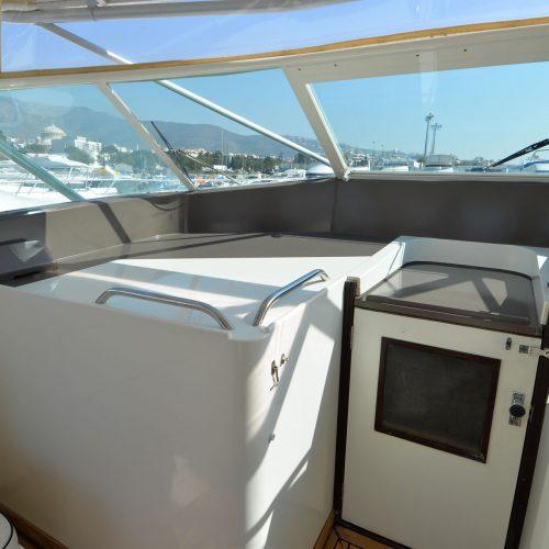 Santo-Maritime-Yachting-Bertram-Inside-Image23