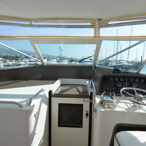 Santo-Maritime-Yachting-Bertram-Inside-Image24