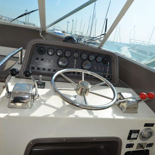 Santo-Maritime-Yachting-Bertram-Inside-Image25