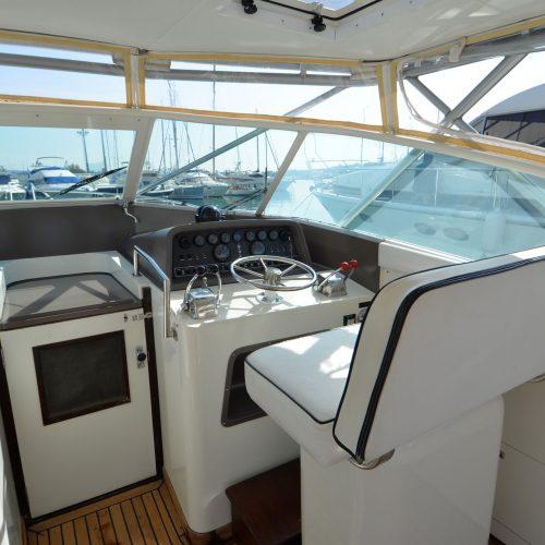 Santo-Maritime-Yachting-Bertram-Inside-Image27
