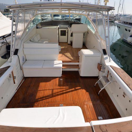 Santo-Maritime-Yachting-Bertram-Inside-Image9
