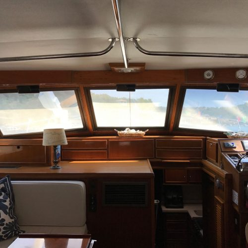 Santo-Maritime-Yachting-Hatteras-Inside-Image19