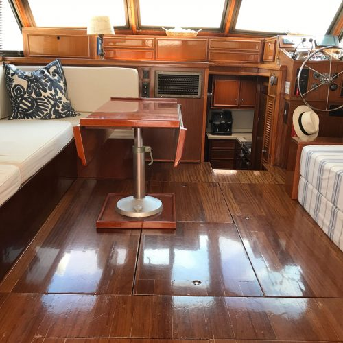 Santo-Maritime-Yachting-Hatteras-Inside-Image20
