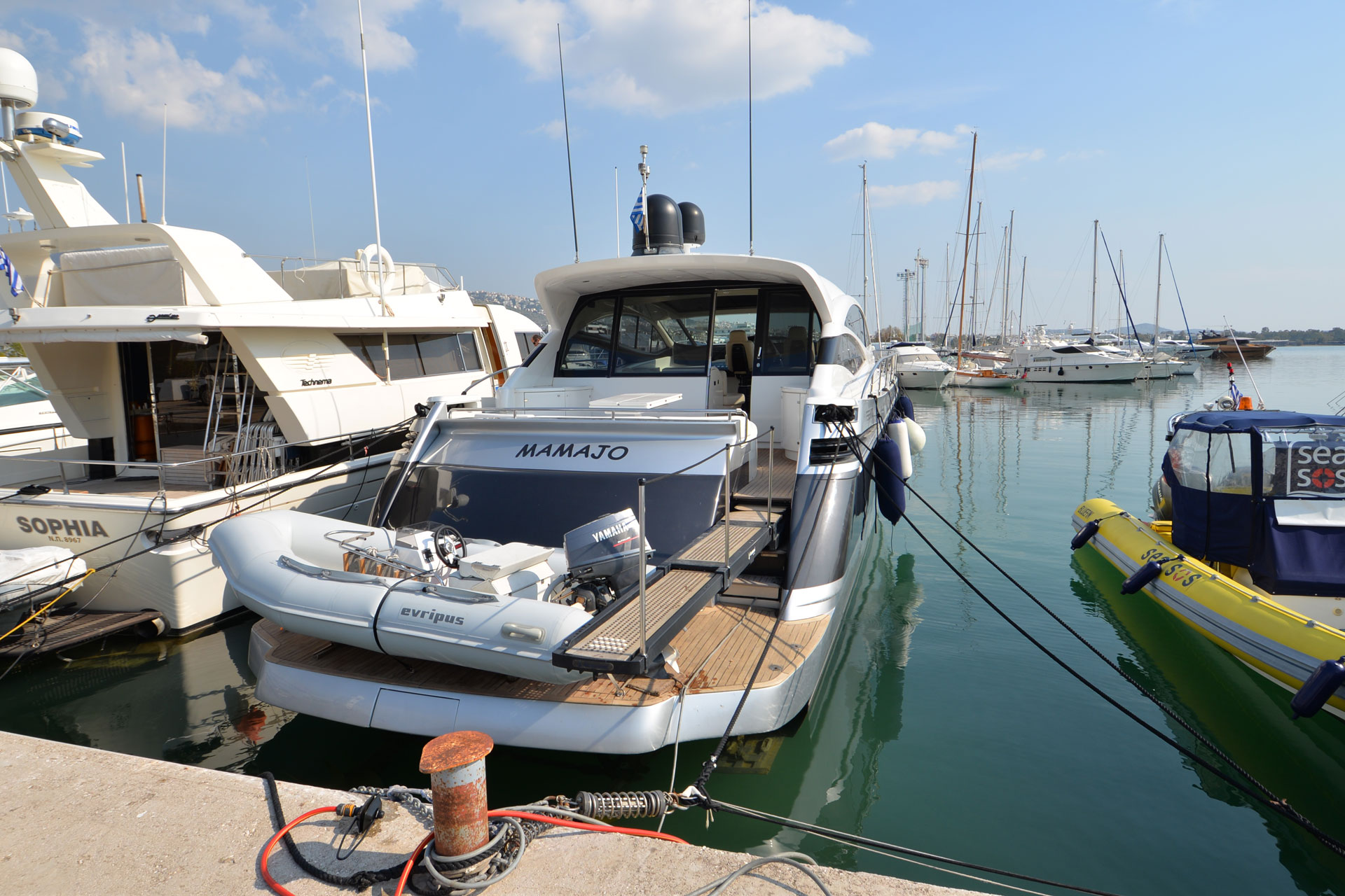 Santo-Maritime-Yachting-Pershing-Exterior-Image4