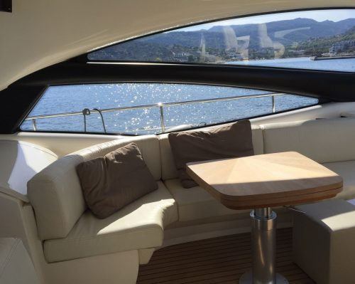 Santo-Maritime-Yachting-Pershing-Inside-Image12
