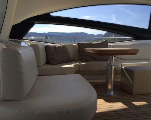 Santo-Maritime-Yachting-Pershing-Inside-Image13