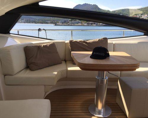 Santo-Maritime-Yachting-Pershing-Inside-Image14