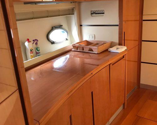 Santo-Maritime-Yachting-Pershing-Inside-Image20