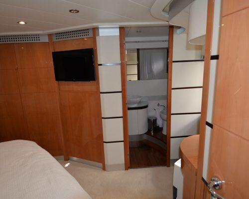 Santo-Maritime-Yachting-Pershing-Inside-Image27