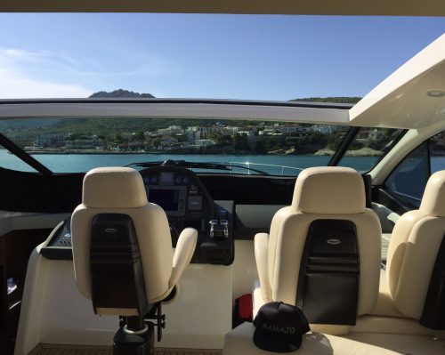 Santo-Maritime-Yachting-Pershing-Inside-Image38